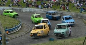 Racing-reliant-robins_mendips-raceway_2005-05-30