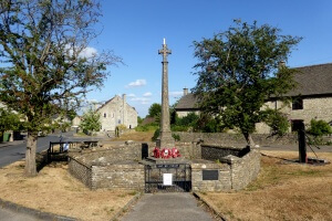 Hawkesbury_Upton_War_Memorial